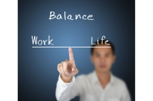 """""""5 Smart Ways To Balance Your Personal Life And Work Life"""""""